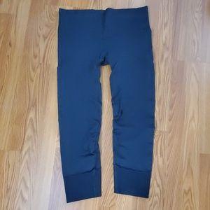 Lululemon athletica hi-rise cropped leggings